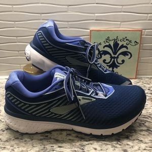 Brooks Ghost 12 Running Shoe, Size 10